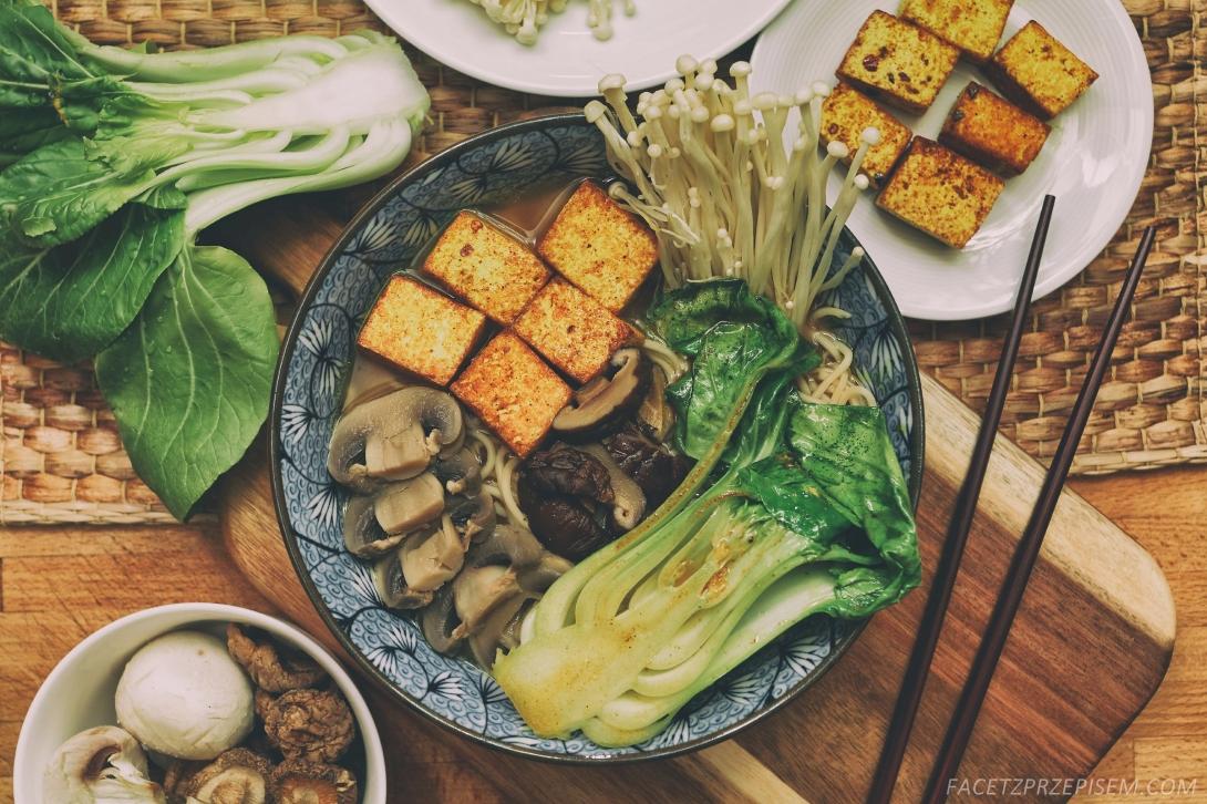 Ramen z grzybami shitake i tofu