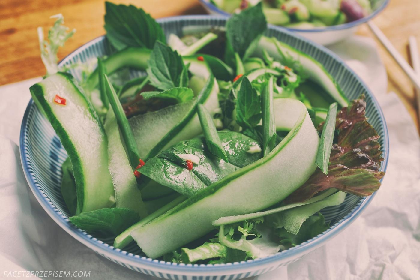 Tajska sałatka z ogórkiem